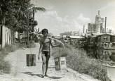 Water boy in Estero, Tondo