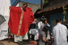 MQAP, Manila, fr. Steve Baumbush Easter Procession